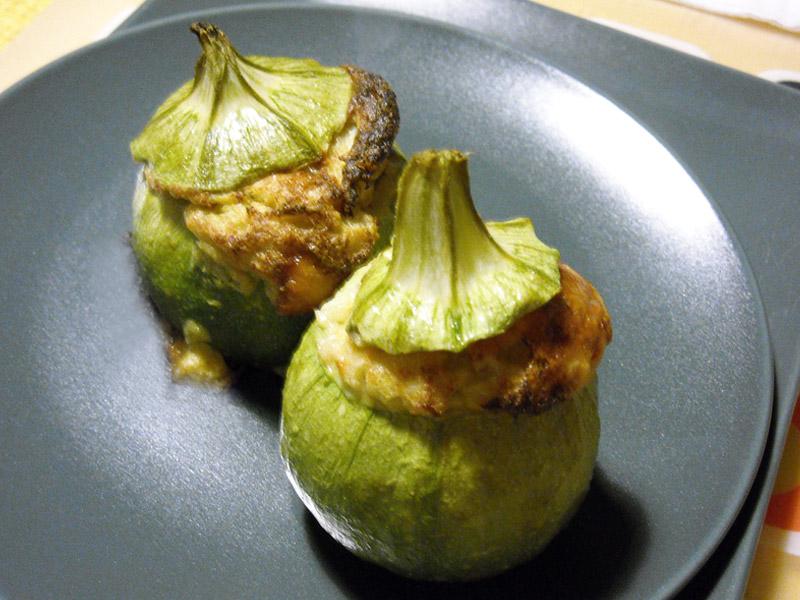 Scrigni di zucchine ripiene con soufflé al parmigiano