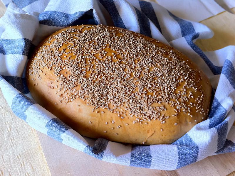 pane al sesamo fatto in casa