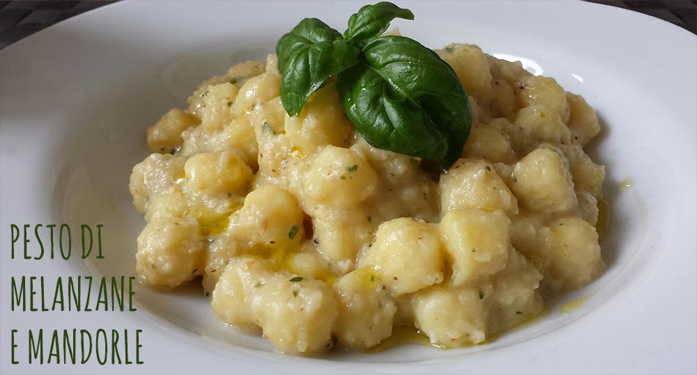 gnocchi-pesto-melanzane-mandorle.jpg
